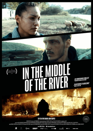 Filmplakat: In the middle of the river